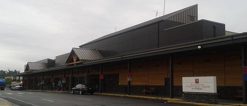 800px-Bellingham_International_Airport,_passenger_terminal,_June_2012
